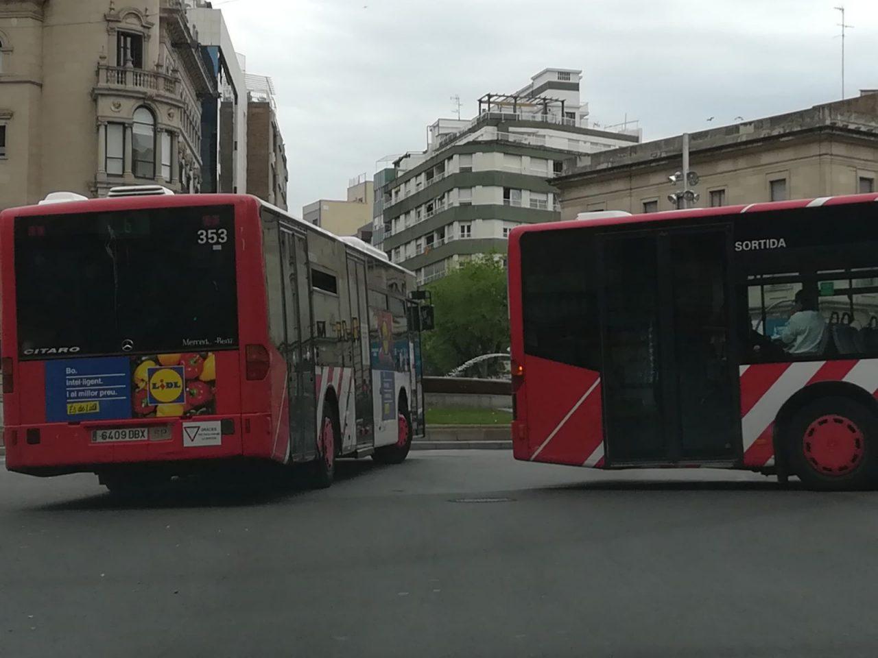 bus-1280x960.jpg