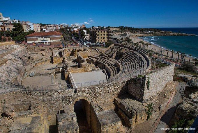 amfiteatre.jpg