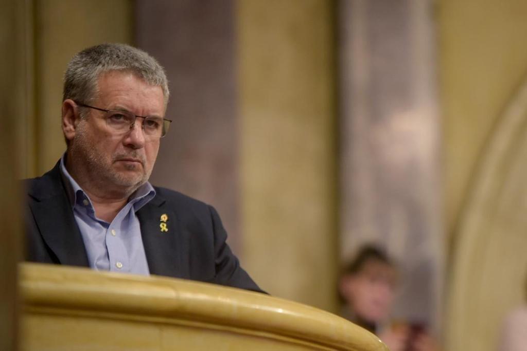 Foto-Parlament-1.jpg