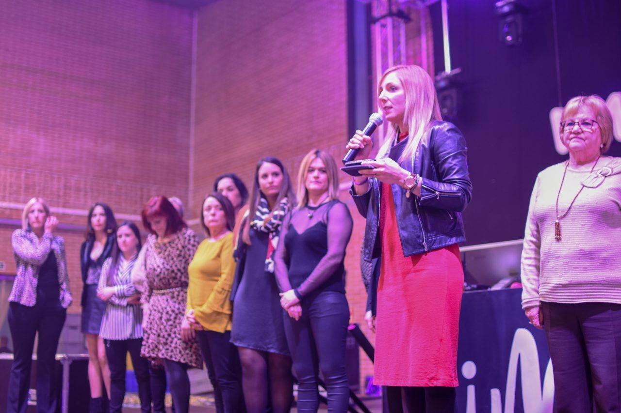LaPobla_lectura-manifest-dona-2019-1280x853.jpg