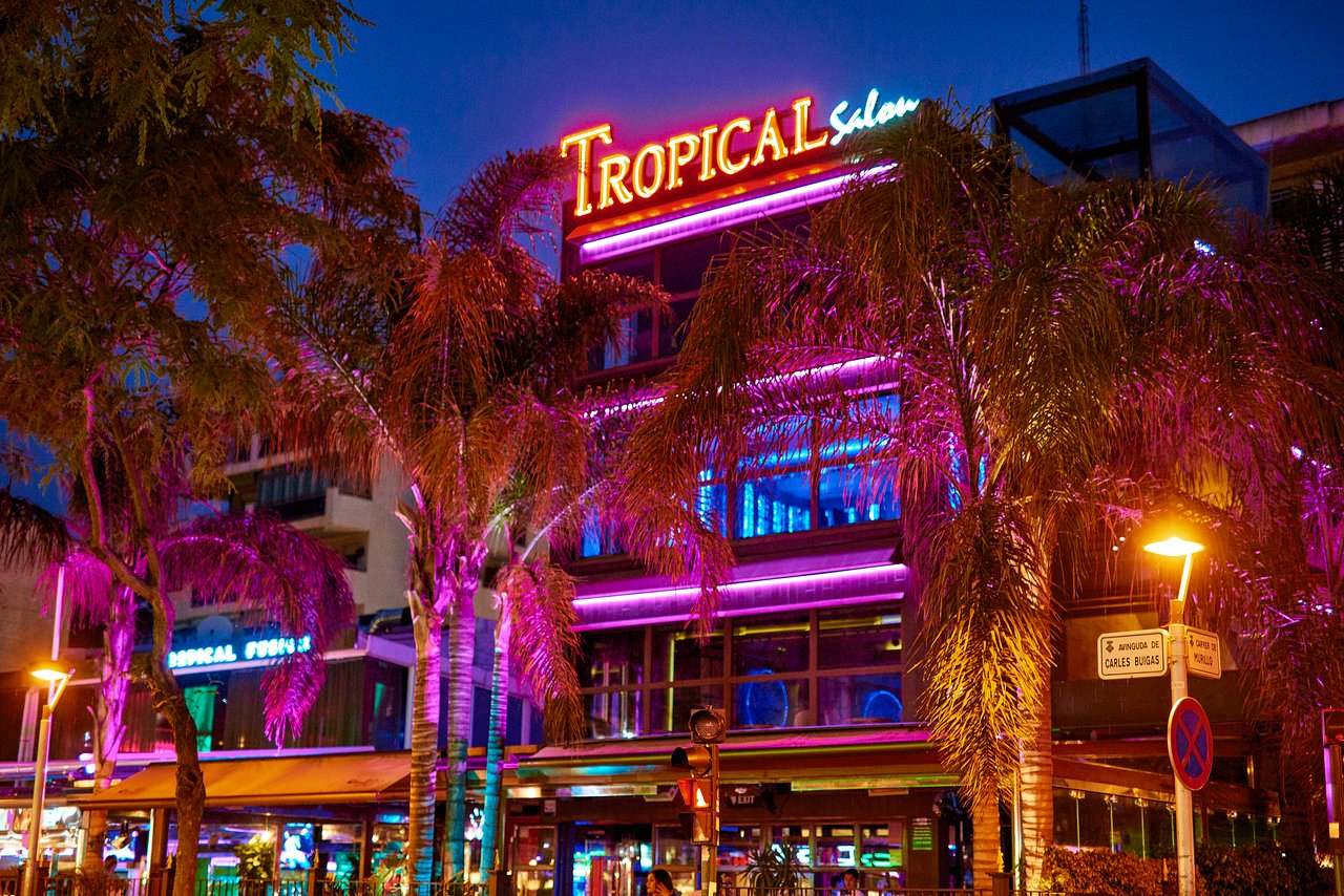 tropical-salou.jpg